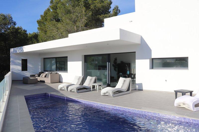 Villa Moderna, vacation rental in Benissa