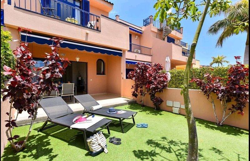 340 Sonnentage, bestes Klima der Welt Pool und Strand Restaurants Boulevard 128, holiday rental in Meloneras