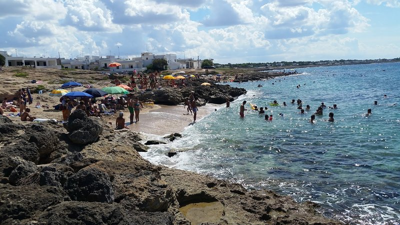 over SEA COAST COTTAGE Puglia Italy, holiday rental in Marina di Mancaversa