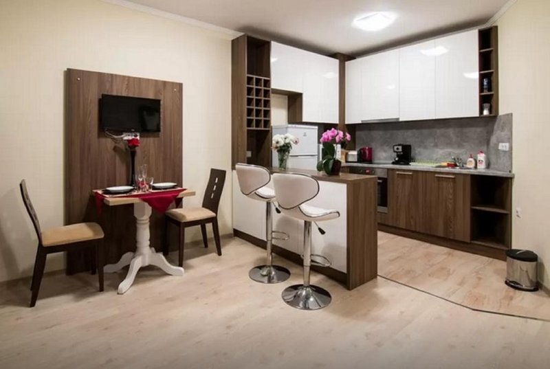 Spacious and Quiet 2 Bed - City Center & Beach, holiday rental in Burgas