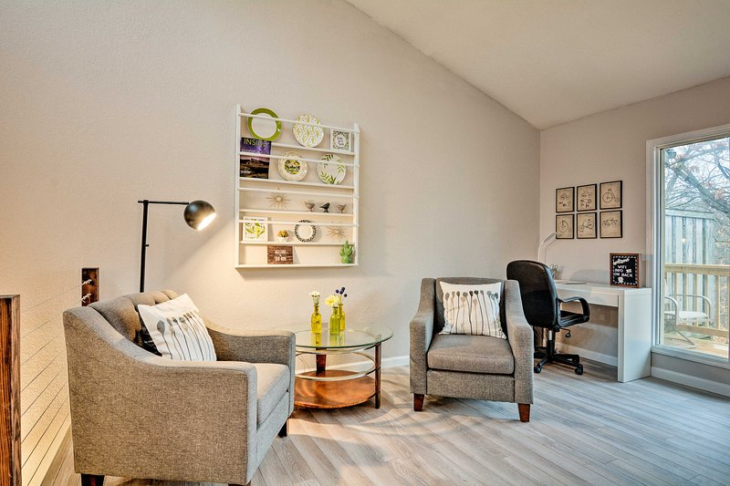 This vacation rental townhome has modern and comfortable decor.