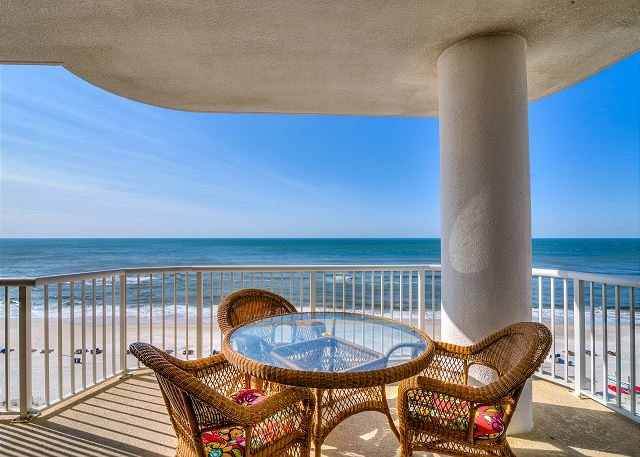 Island Royale 806 ~ Awesome Corner Beach Front View ~Bender Vacation Rentals, location de vacances à Gulf Shores