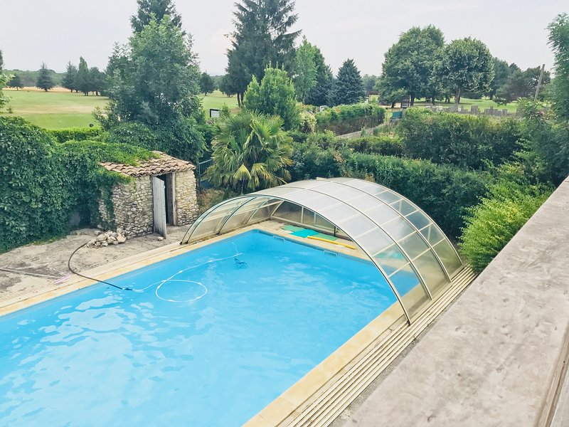 Loft 100m2 - Terrasse - Piscine sur Golf de Valence Saint Didier., vacation rental in Chabeuil