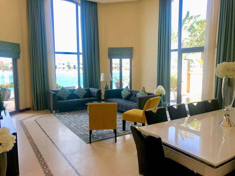 Palm Jumeirah Beachfront Villa with a private pool - Frond L, holiday rental in Jebel Ali