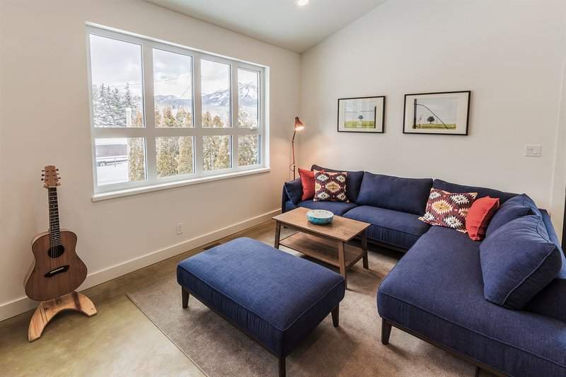 Elk River Meadows Guest House - Newly Built!, aluguéis de temporada em Fernie