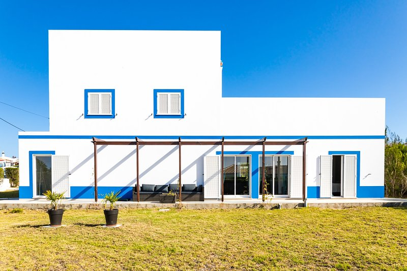 Arrifana Pura: 4- Bedroom (10px) charming house in Costa Vicentina, aluguéis de temporada em Aljezur