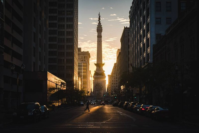 The center of Indianapolis, Monument Circle, is less than 2 miles away from the house.
