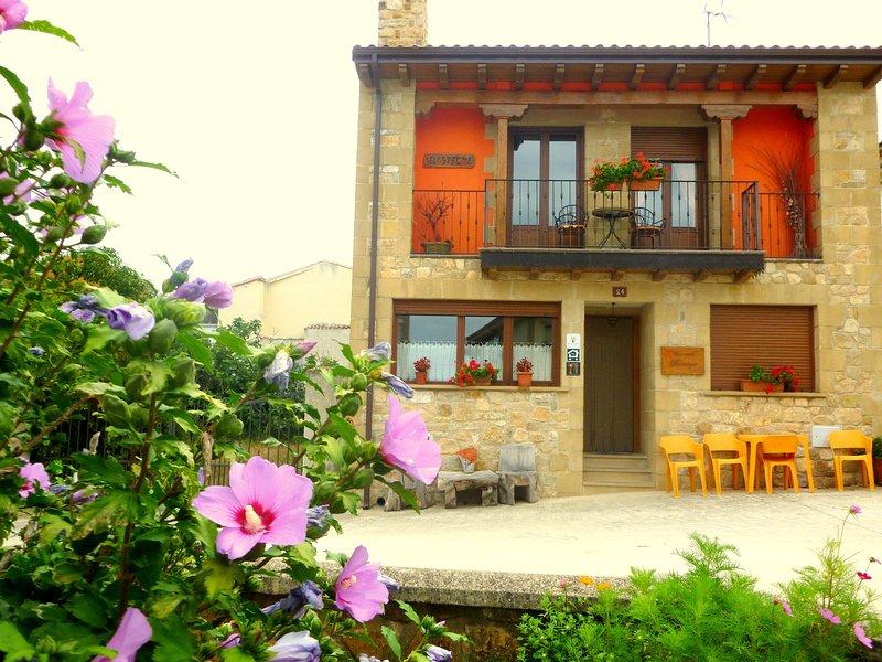 Casa Rural Belástegui en Navarra para niños, aluguéis de temporada em Lerate