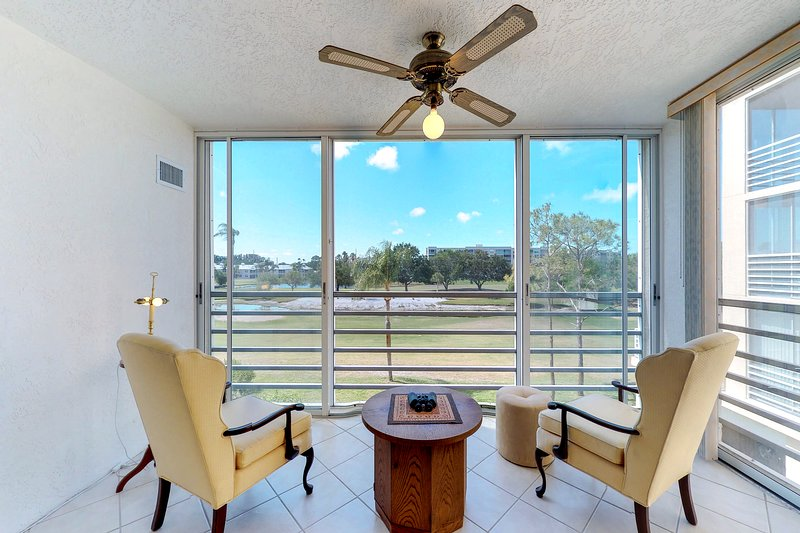 New listing! Welcoming retreat w/shared pool, nearby golf, shops & restaurants, vacation rental in Bradenton