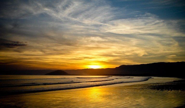 linda cassa Boicucanga 708m2 terreno 173m2 construido, aluguéis de temporada em Praia Barra do Sahy