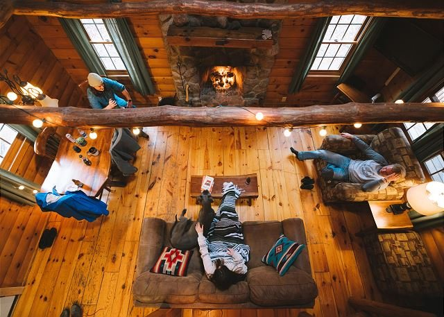 Timber Ridge Hocking Hills living room 2