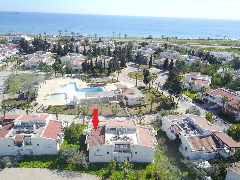 LONG BEACH VACATION HOMES, holiday rental in Trikomo