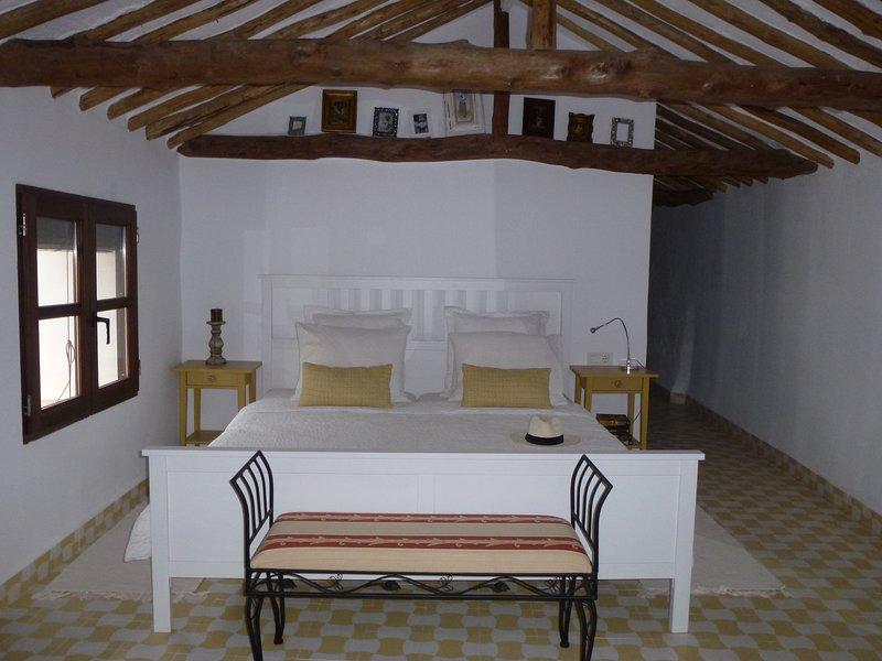 Large double bedroom en suite
