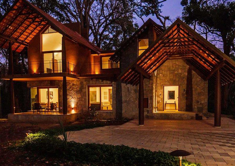 Acacia Villa Three by Vista Rooms, vakantiewoning in Kodagu (Coorg)