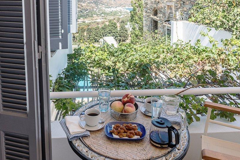 Astra Residential Apartments - Standard Studio, alquiler de vacaciones en Andros