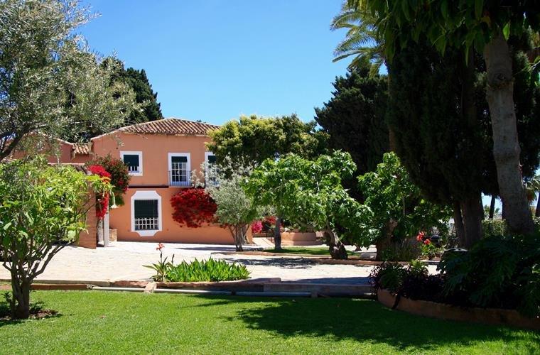 Espectacular Hacienda Señorial cercana a la playa, vacation rental in Rincon de la Victoria