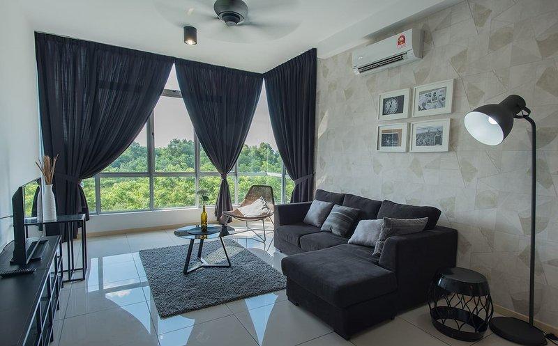 Kitolo Home Stay at R002 Johor Bahru Malaysia, holiday rental in Skudai