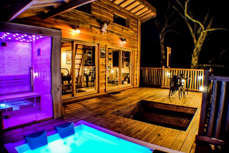 Cabane Carrément Perchée Spa et Sauna, location de vacances à Saint-Leonard-de-Noblat
