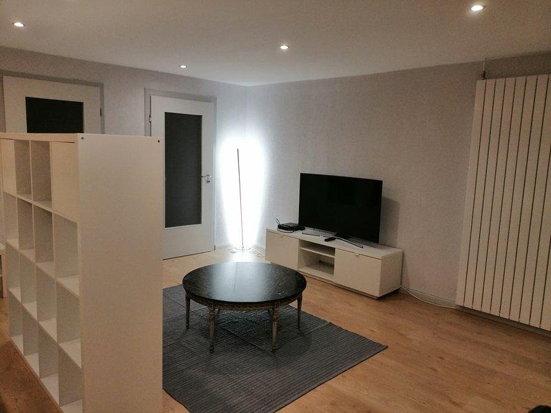 Studio42m Doppelbett Fernseher Vollausgestattete Kuche