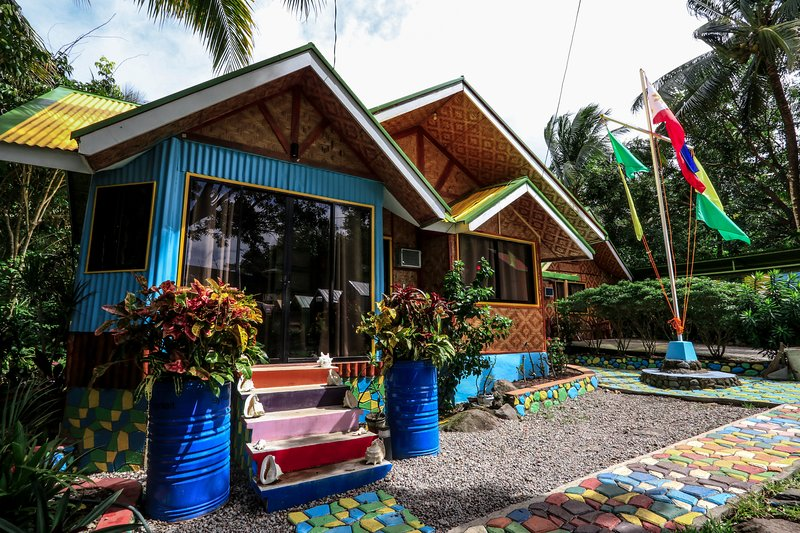 Lanzones Cabana: Superior Cabana, holiday rental in Catarman