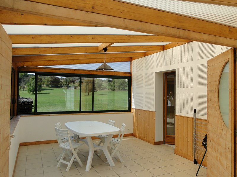 Beautiful house with terrace & Wifi, holiday rental in Membrey