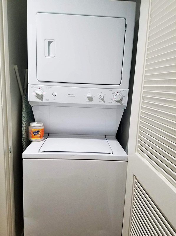 Dryer and Washer Apartment Rental