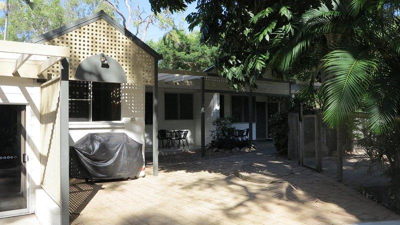 Loyang Apartments  Unit 1, holiday rental in Arcadia