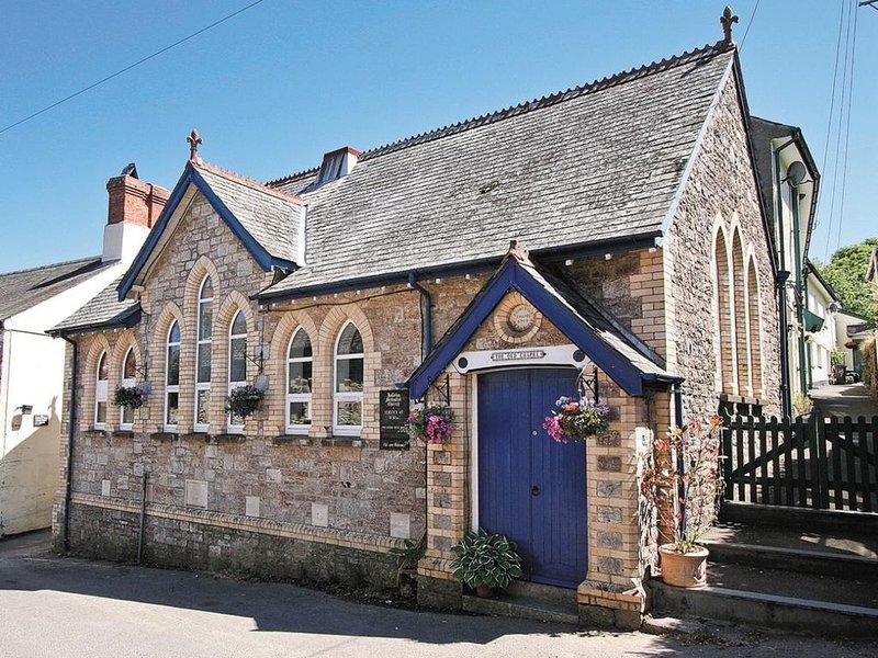 Holbeton Devon Converted Chapel Sleeps 6, holiday rental in Holbeton