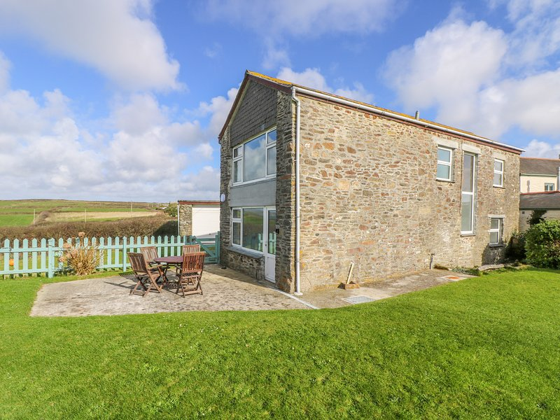 THE BARN stone built barn conversion, amazing sea views and comfortable, holiday rental in Sithney