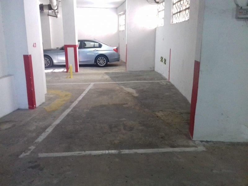 Amplio garaje