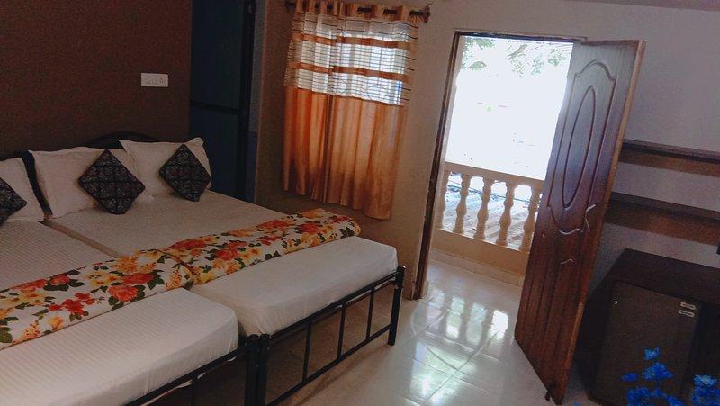 Hotel Hiline Baga ( Family Room), holiday rental in Saunta Vaddo