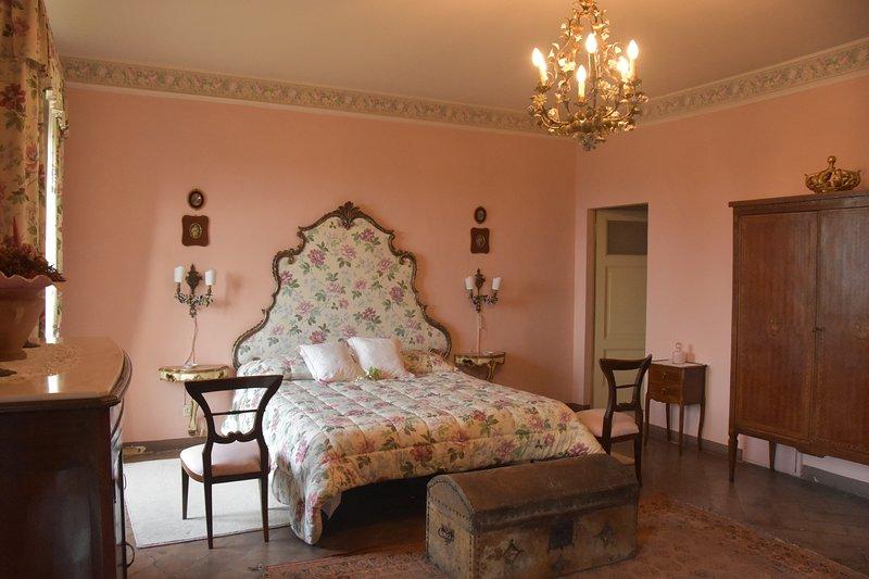En el corazón de Umbría, puede alojarse en una villa histórica de extraordinario encanto.