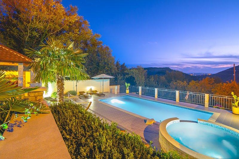 Villa In Verde just 3 km from the beach, holiday rental in Grizane-Belgrad