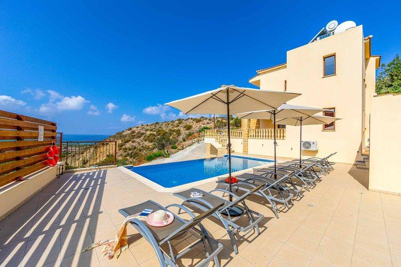 Aqua Royal, holiday rental in Coral Bay