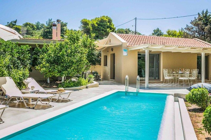 Villa Fanari, vacation rental in Mantzavinata