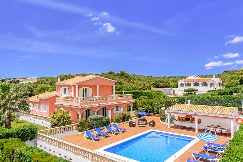 Villa Jessela, vacation rental in Cala Llonga