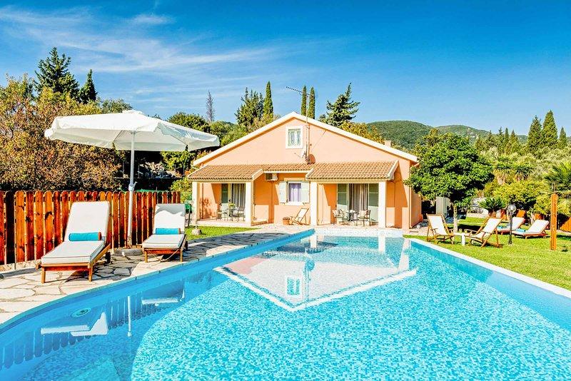 Villa Secret Paradise, holiday rental in Skripero