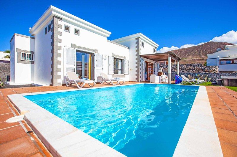 Villa Silvana, location de vacances à Yaiza