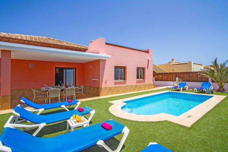 Villa Yalira, holiday rental in Fustes