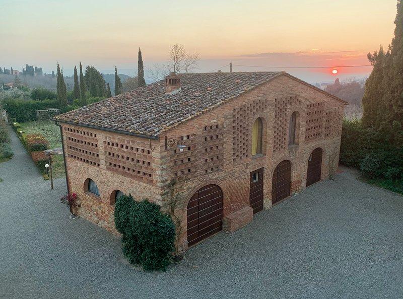 Il Leccio - terratetto in antico fienile del'500 - Podere San Giorgio, casa vacanza a Palaia