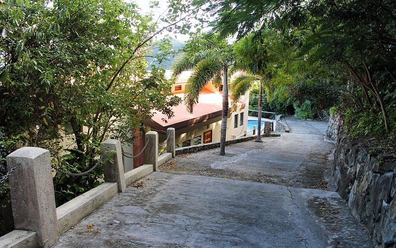 Driveway down to the villa