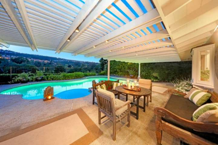 Golf Course View Home with Private Pool and Jacuzzi, casa vacanza a Mission Viejo
