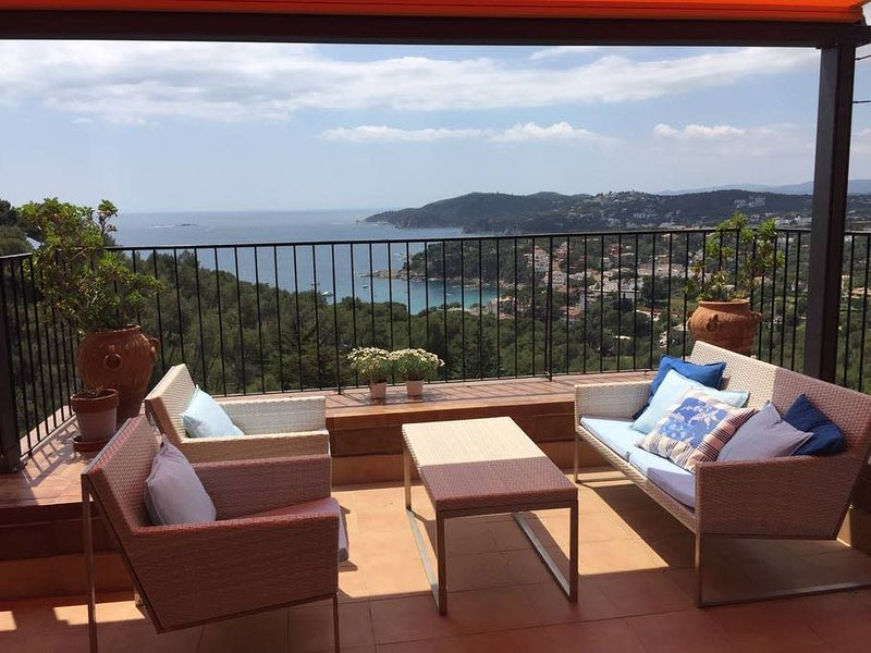 UCB001 Penthouse Panoramica, vacation rental in Palafrugell
