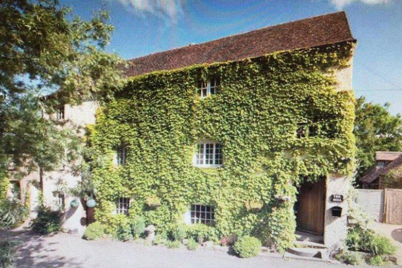 17th Century Watermill, aluguéis de temporada em Cropthorne