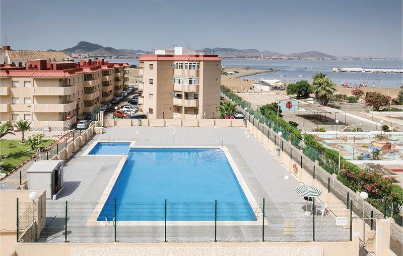 Stunning home in La Manga del Mar Menor with WiFi and 2 Bedrooms (ECC644), alquiler de vacaciones en Cabo de Palos