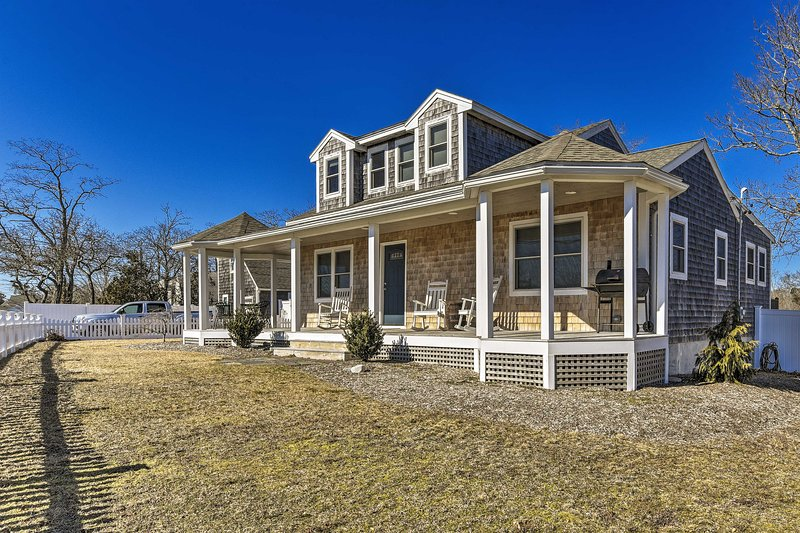You'll love your time spent at this fantastic Cape Cod abode!