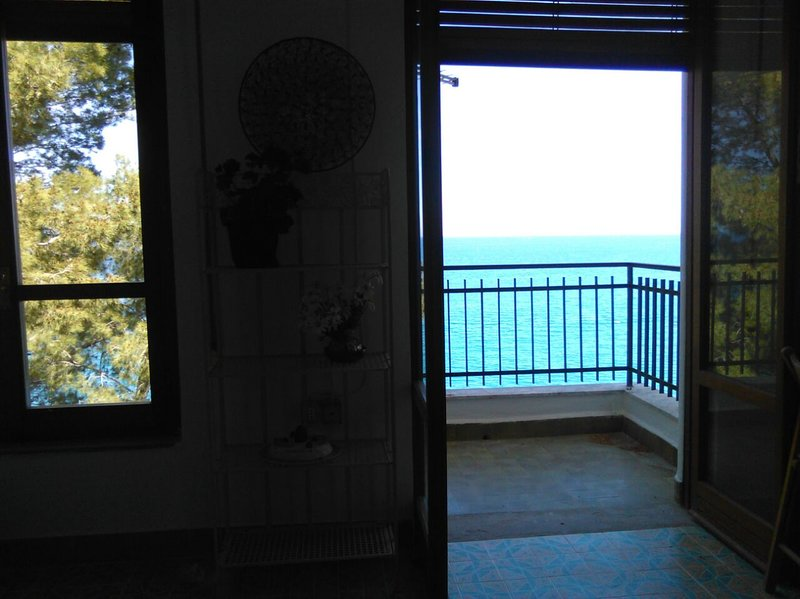 Beautiful apartment with garden, holiday rental in Torre Colonna-Sperone