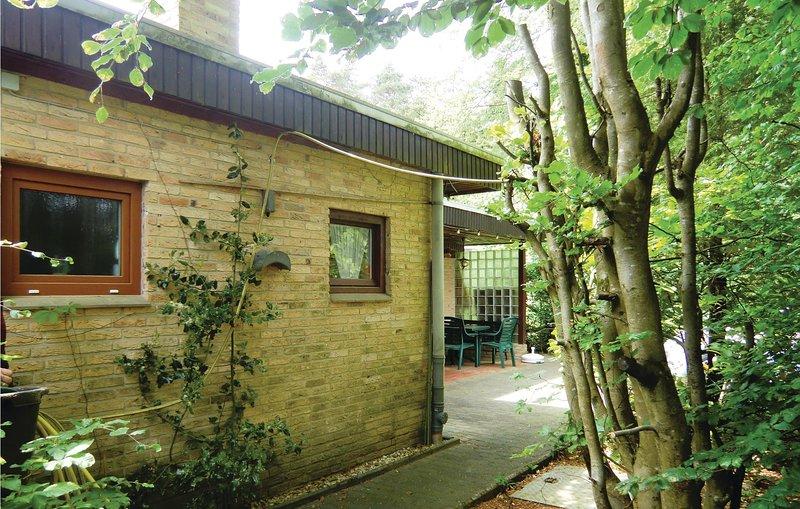 Beautiful home in Prümzurlay with 1 Bedrooms (DEI232), holiday rental in Bitburg