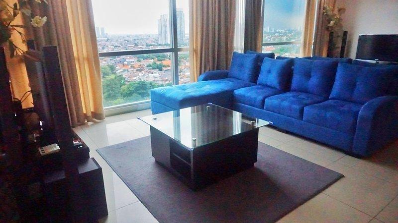 Luxury 2 Bedroom Pavilion Apartment Jakarta, holiday rental in Jakarta