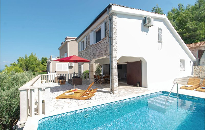 Awesome home in Prigradica with WiFi and 2 Bedrooms (CDS667), holiday rental in Prigradica